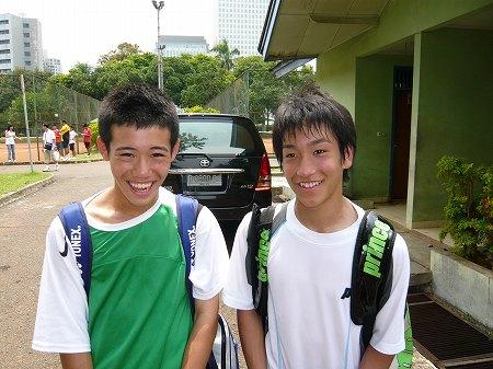 インドネシアでテニス1