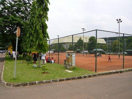 インドネシアでテニス2