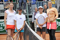 longin_future_tennis_201201.jpg