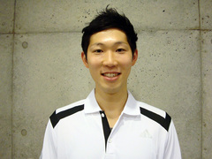 toriya_tomohiro_coach_w800.jpg