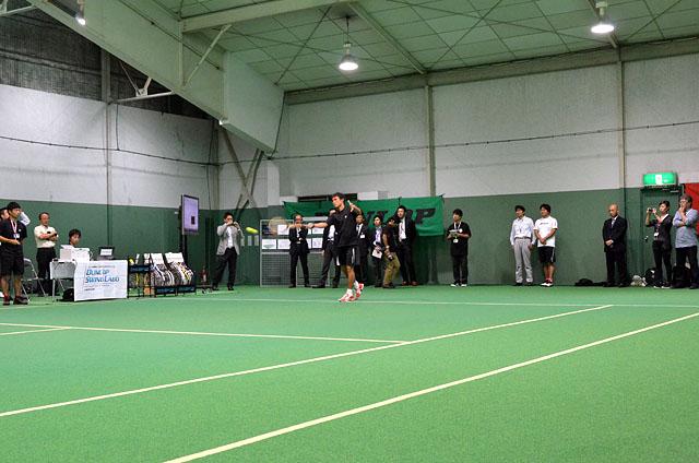 デモでプレーしたのは加藤季温プロ