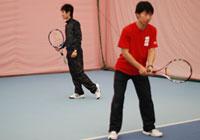 初心者のためのテニスマナー、後ろを歩く