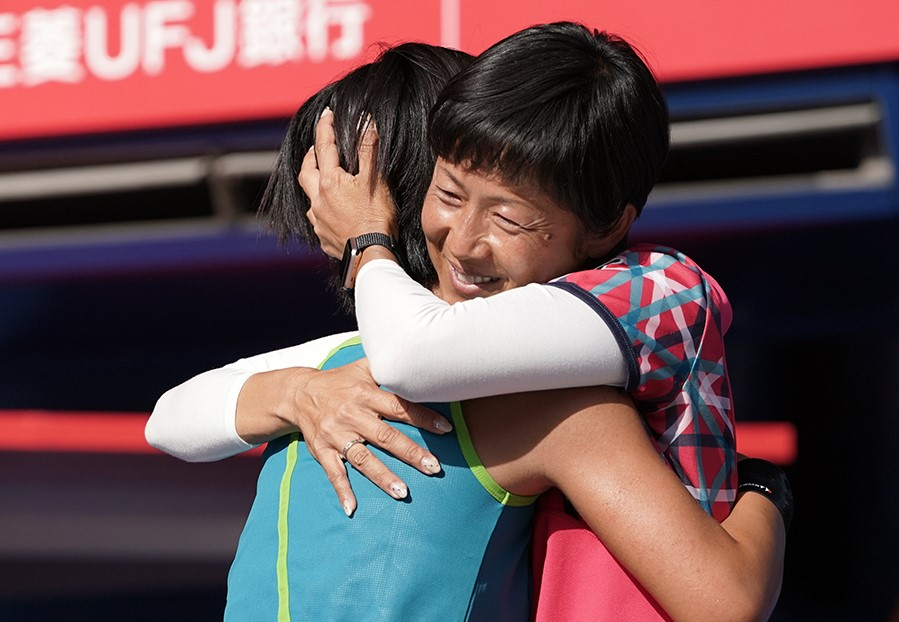 本玉真唯20歳、秋田史帆破り嬉しい全日本初優勝【ニュース – TENNIS.jp】
