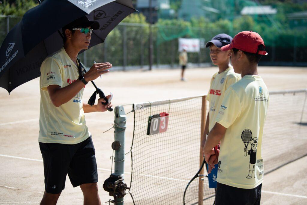 プロが試合をチェックしアドバイスを行う『第1回リポビタン杉山記一杯 西日本大会』が終了【ニュース – TENNIS.jp】